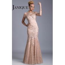 Janique W035
